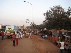 """Die """"Barackenstadt"""" am Tage - Bairro de Ajuda - Bissau"""